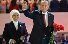 Turkijos prezidentas R. T. Erdoganas dar labiau išplėtė savo galias