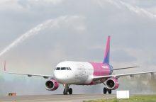 """""""Wizz Air"""" skelbia nuolaidas visiems skrydžiams"""