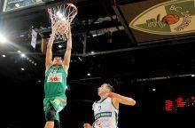 """LKL:  """"Žalgirio"""" krepšininkai ketvirtfinalyje su alytiškiais turėjo paprakaituoti"""