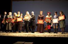 Priekulėje išdalyti garbingi mėgėjų teatrų apdovanojimai