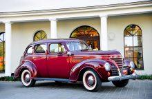 2019-ųjų kalendoriuje – istoriniai automobiliai