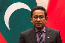 Maldyvų autoritarinis prezidentas pripažino pralaimėjęs rinkimus