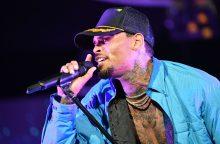 Dėl kaltinimų išžaginimu sulaikytas JAV dainininkas Ch. Brownas