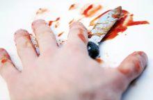Klaipėdoje girtas sugyventinis peiliu sužalojo draugę