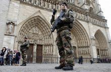Belgijoje suimti du asmenys, siejami su 2015 metų Paryžiaus išpuoliais