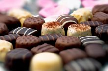 Vagių grobis – šokoladiniai saldainiai ir gaivieji gėrimai