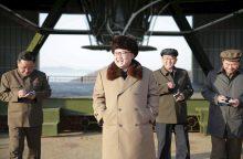 Šiaurės Korėja ruošiasi naujų raketų bandymams
