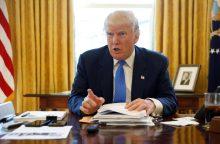 """D. Trumpas: """"Islamo valstybė"""" bus nušluota nuo žemės paviršiaus"""