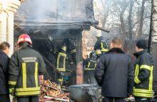 Tragiškas gaisras Šiaulių rajone pasiglemžė vyro gyvybę