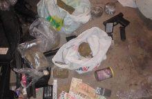 Kauno pareigūnų kirtis narkotikų platintojui: gresia kalėjimas iki penkiolikos metų