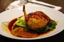 Virtuvės šefas: maistas – nuotykis visoms juslėms <span style=color:red;>(receptai)</span>