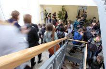 Istorija kartojasi: neaiškios kilmės dujų papurkšta ir Šalčininkų mokykloje