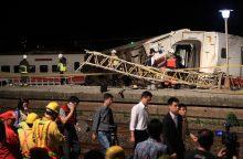 Per traukinio avariją Taivane žuvo 22 žmonių, per 170 sužeista