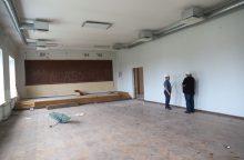 Statybininkai kuria naujas erdves pradinei mokyklai Raudondvaryje