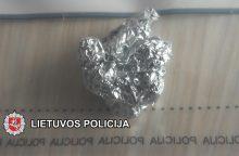 Uostamiestyje narkotikus platino ir nepilnametis