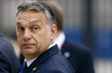 Vengrijos premjeras pirmasis iš ES lyderių parėmė D. Trumpą
