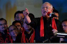 """Malaizijos premjeras: Mianmaro vyriausybė privalo sustabdyti rohinjų """"genocidą"""""""
