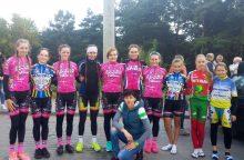 Jaunosios dviratininkės džiaugėsi pergalėmis Baltarusijoje