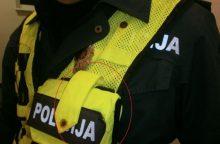 Kaune prieš moterį smurtavo policininkas