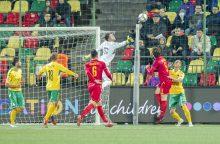 Futbolo rinktinę nušvilpė net savi sirgaliai