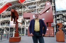 Luvro muziejui per daug nepadorią skulptūrą priėmė Pompidu centras