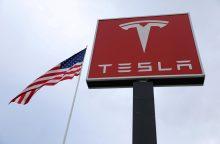 """Norvegija atsisakė planų įvesti """"Tesla"""" mokestį"""