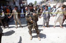 Afganistano sostinėje per mirtininko ataką žuvo mažiausiai 48 žmonės