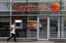 """""""Swedbank"""" skelbia audito išvadas – įtartinų klientų sąskaitos uždarytos"""