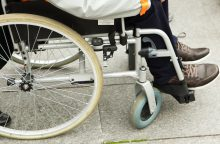 Siūloma lengvinti neįgaliųjų patekimą į daugiabučius