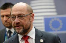 M. Schulzas: ES privalo atidėti susitikimą dėl CETA