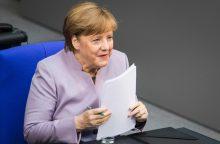 """A. Merkel: Britanija po """"Brexit"""" neturės tokių pačių teisių kaip ES narės"""