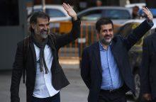 Madridas spaudžia Kataloniją: sulaikyti du įtakingi separatistai