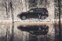 Penki svarbiausi patarimai vairuojant slidžiuose žiemos keliuose