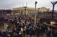 Sausio 13-osios byla: į Kauną grįžtančius parlamento gynėjus apšaudė sovietų karys