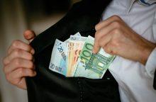 Bankus ketinama įpareigoti stebėti politikų ir jų aplinkos finansus