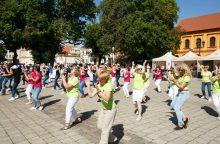 Senamiestyje – šokių ir mados sūkurys