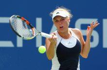 C. Wozniacki sėkmingai startavo turnyre Dubajuje