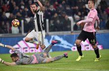 """""""Juventus"""" užtikrintai žengia šeštojo iš eilės titulo link"""