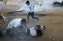 Izraelio kariškiai per susirėmimus Gazos Ruože nušovė šešis palestiniečius
