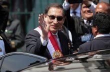 Kas laukia po Peru prezidento pasitraukimo?