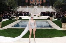Pirmą kartą per dešimtmečius K. Lagerfeldas nepasirodė savo kolekcijos pristatyme