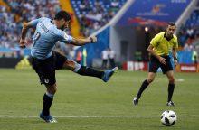 Urugvajaus futbolininkai užsitikrino vietą pasaulio čempionato aštuntfinalyje