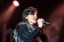 """Būdama 46 metų netikėtai mirė """"The Cranberries"""" vokalistė"""