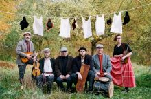Kauną drebins patrakėliai folkrokeriai iš Sankt Peterburgo