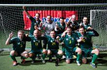 """Lietuvos žurnalistų futbolo čempionate – """"Press'o"""" triumfas"""