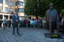 Vilniuje kitąmet atsiras paminklas broliams Vileišiams