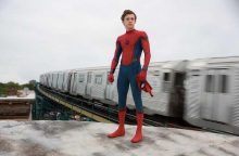 Žmogaus-voro kostiumą vilkintis T. Hollandas salto pademonstravo ir ligoninėje