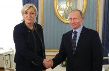 V. Putinas susitiko su Maskvoje viešinčia M. Le Pen