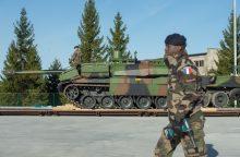Estiją pasiekė NATO prancūzų kontingento tankai
