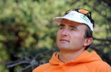 Prie Everesto kalno žuvo žymus šveicarų alpinistas U. Steckas